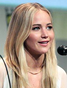 Jennifer_Lawrence_SDCC_2015_X-Men