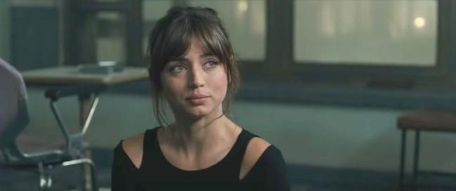 ブレードランナー2049で多くの男性視聴者を虜にしたキャラクターといえばホログラムの美少女ジョイ。まるで漫画の世界から飛び出してきたような大きな瞳をした彼女を